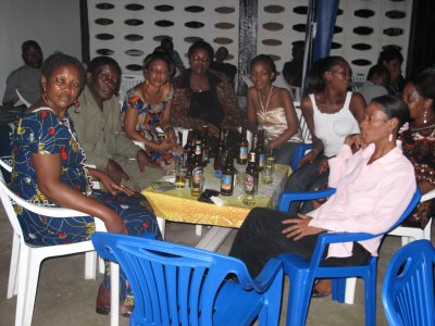 Wadau wa Kiluvya Pub