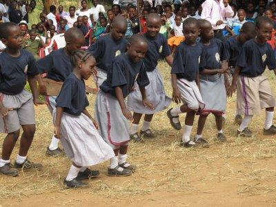 Taifa la kesho - Matombo